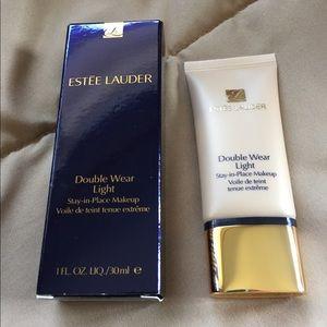 Estée Lauder Stay-in-Place makeup 1oz New Sealed!